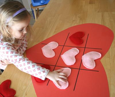 Play Heart Tic Tac Toe 034