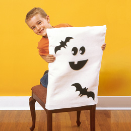 ghost-chair-covers-halloween-craft-photo-260-FF1004CHAIRA01