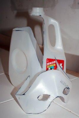 maschera di plastica riciclata