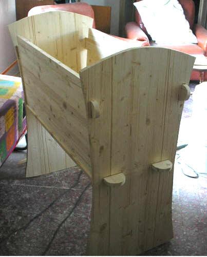 Una culla fai da te di legno tutte le istruzioni per for Coprilavatrice legno fai da te