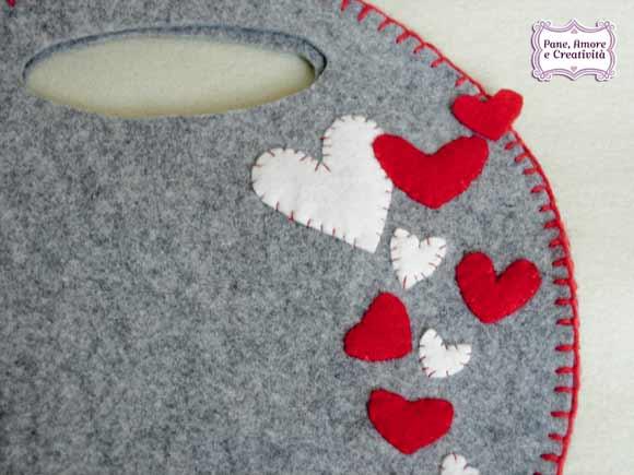 Idee per San Valentino una borsa tutta a cuori