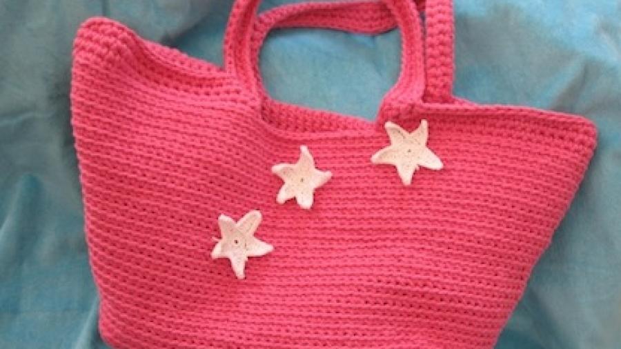 bb45ffefb3 Tutorial: come fare una borsa di fettuccia per il mare · Pane, Amore ...