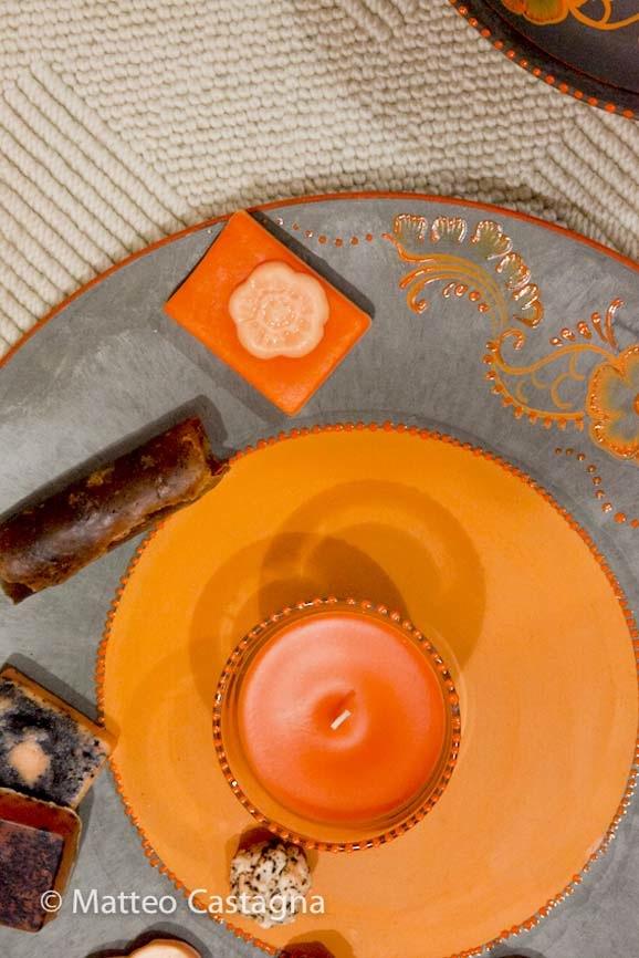 Atelier viaggio nel colore - candela arancione-1.jpg