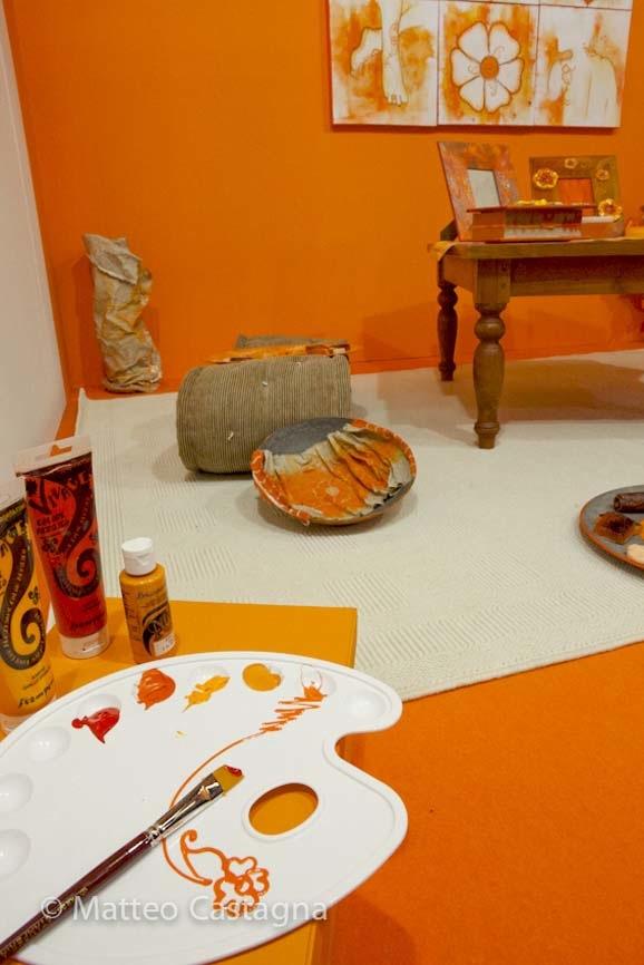 Atelier viaggio nel colore - sala arancione-1.jpg