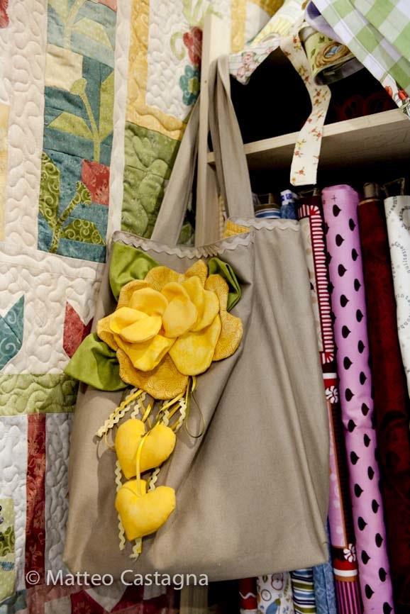 borsa-con-fiore-giallo---creazione-sweet-home-(1-of-1).jpg