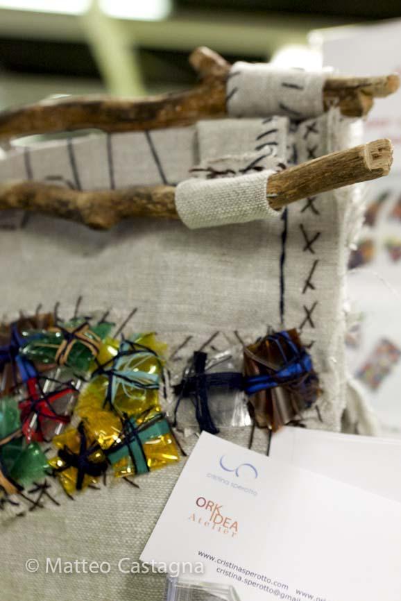 borsa in lino con manici legno - cristina sperotto-1.jpg
