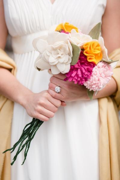 bouquet di fiori in feltro.jpg