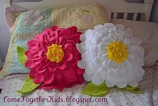 cuscini di fiori in pile.jpg