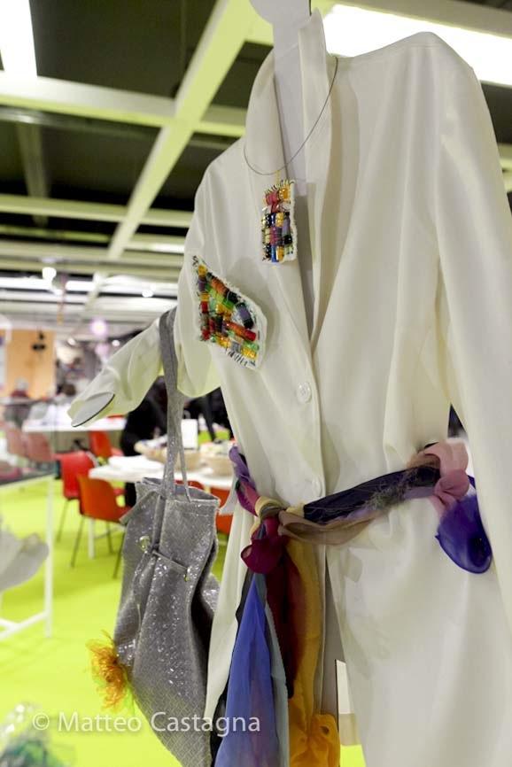 spilla e collana su abiti bianchi - cristina sperotto-1.jpg