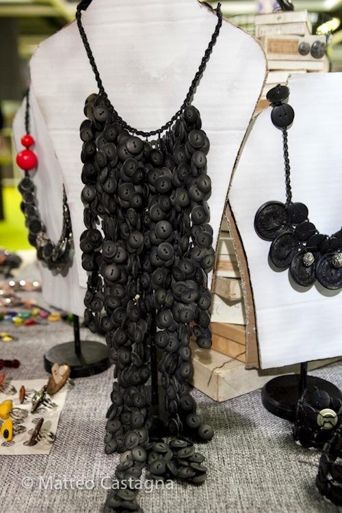 collana in nero - chiara trentin-1.jpg