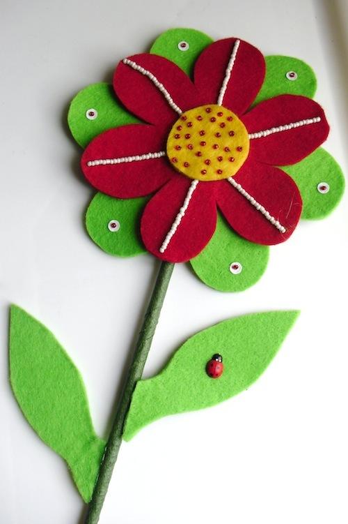 fiore in feltro.jpg