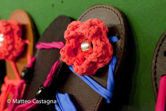 10 idee per riciclare e decorare scarpe e infradito