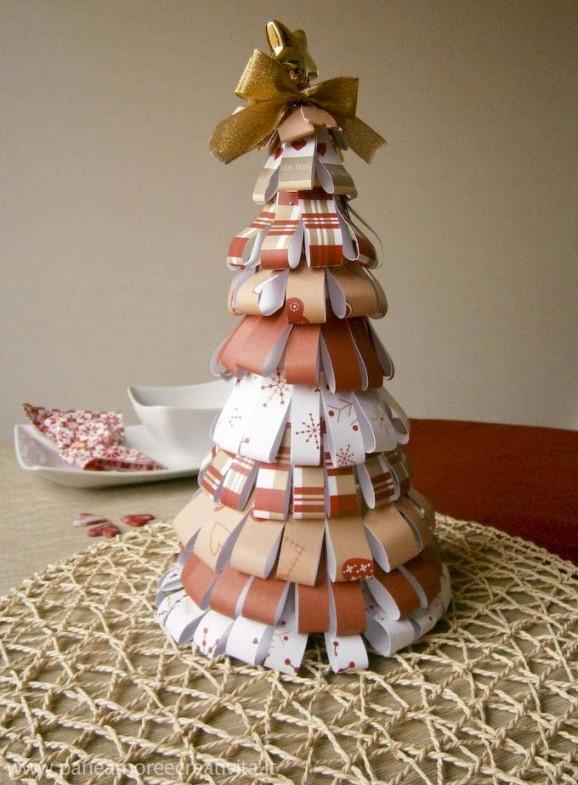 La tavola di natale come realizzare l 39 albero centrotavola - Idee per decorare l albero ...