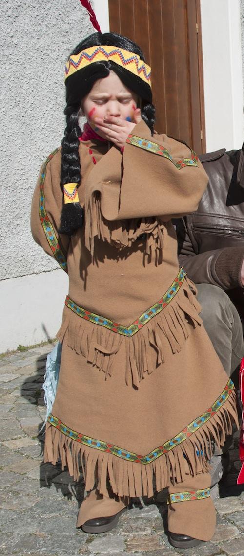 Idee di carnevale il costume da indiana pane amore e for Idee per carri di carnevale semplici