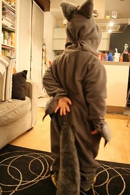 Idee di carnevale il costume da lupo pane amore e creativit - Come cucire costume da bagno ...