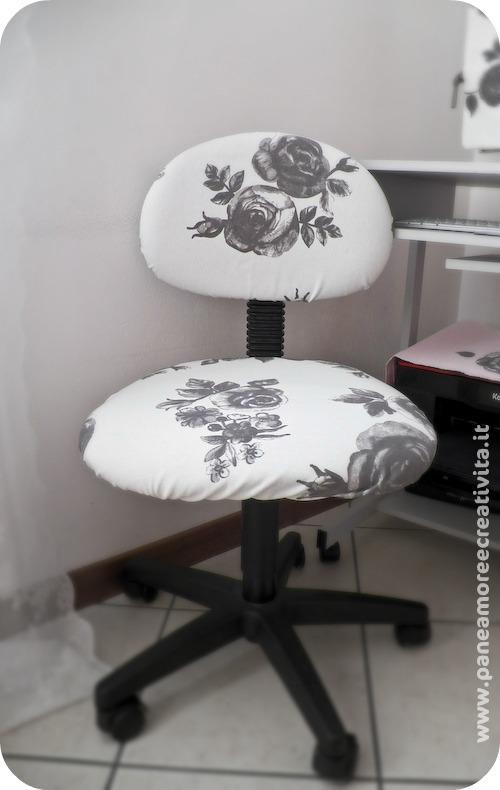 Come rivestire una sedia da studio ecco il mio secondo for Ikea sedia a dondolo bianca