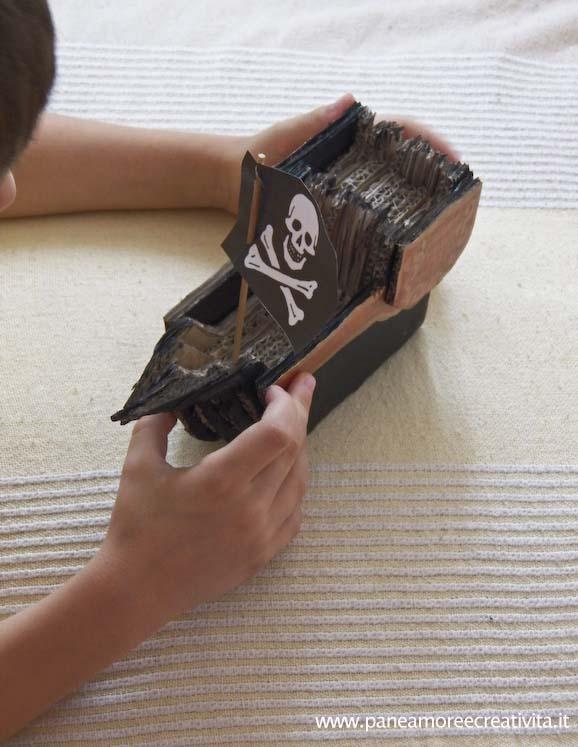 Giochi di cartone: come si fa la nave dei pirati in 3d