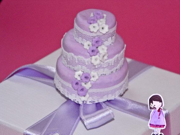 Bomboniera Matrimonio Azzurro : Bomboniera fai da te matrimonio la torta calamita in cernit
