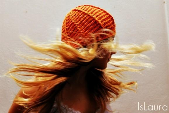 cappello a crochet arancione