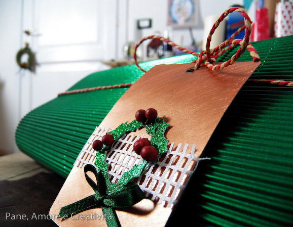 Natale al verde: holly tag
