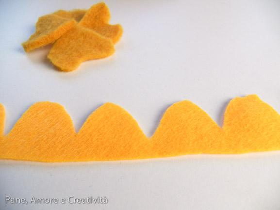tutorial: il cuscino di noccioli di ciliegia con fiori di feltro ... - Cuscino Con Noccioli Di Ciliegia Come Fare