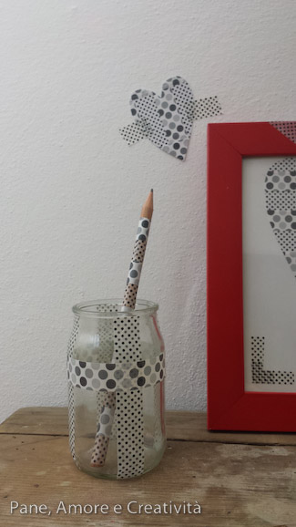 barattolo e matita con washi tape