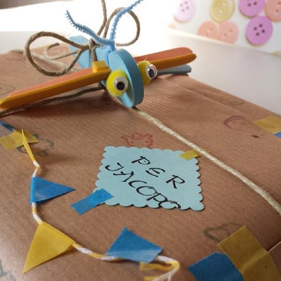 pacchetto regalo con libellula2