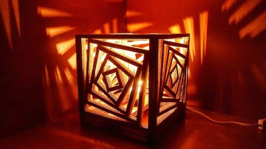 lampada di cartone