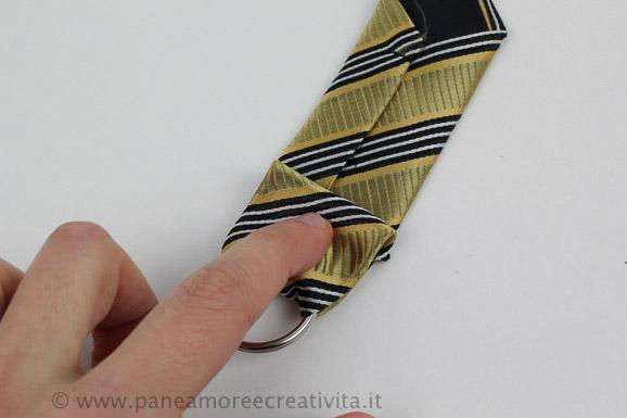 seconda_piega_-_riciclo_cravatta