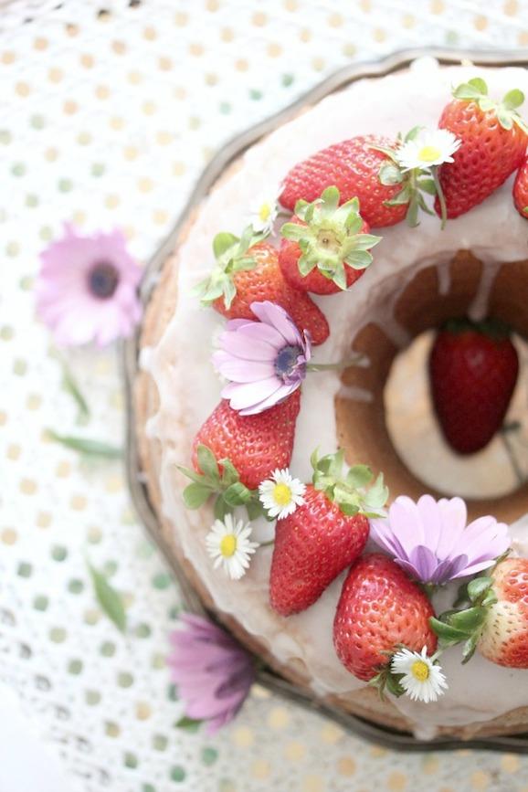 torta di fragole - ricetta con pentola fornetto