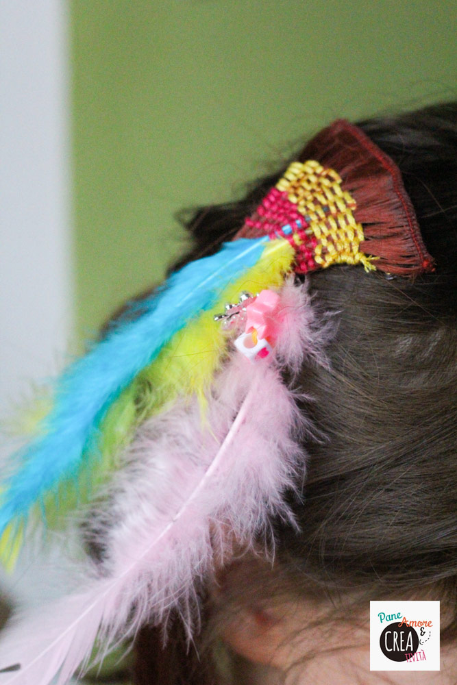 indie-hair-deco-piume-e-intrecci