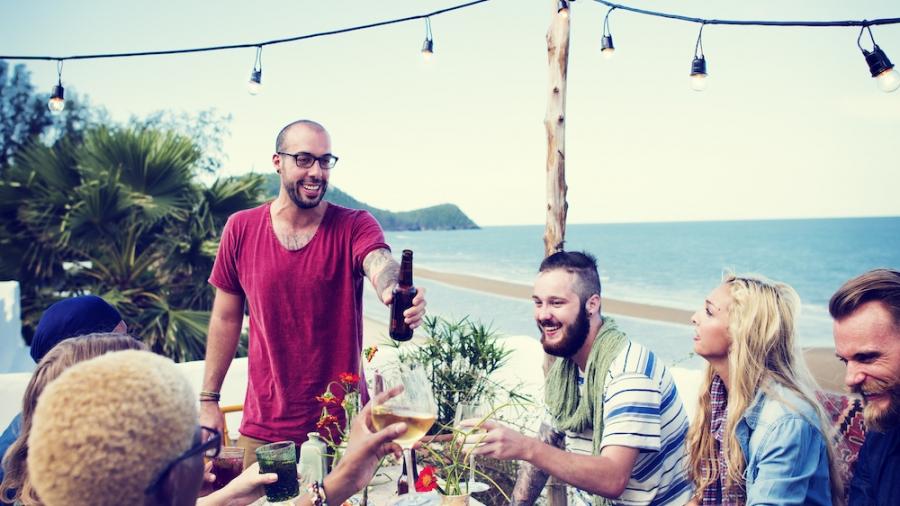 organizzare una cena in estate