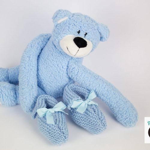 Scarpine e berretto a maglia per neonati: scopri come si fanno!