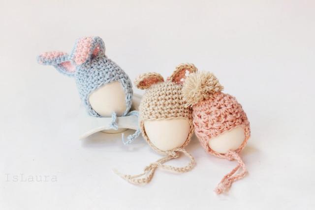Uova-con-cappellino-a-uncinetto
