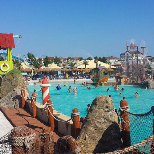La nostra giornata a Aquafollie con bambini: il parco acquatico di Caorle