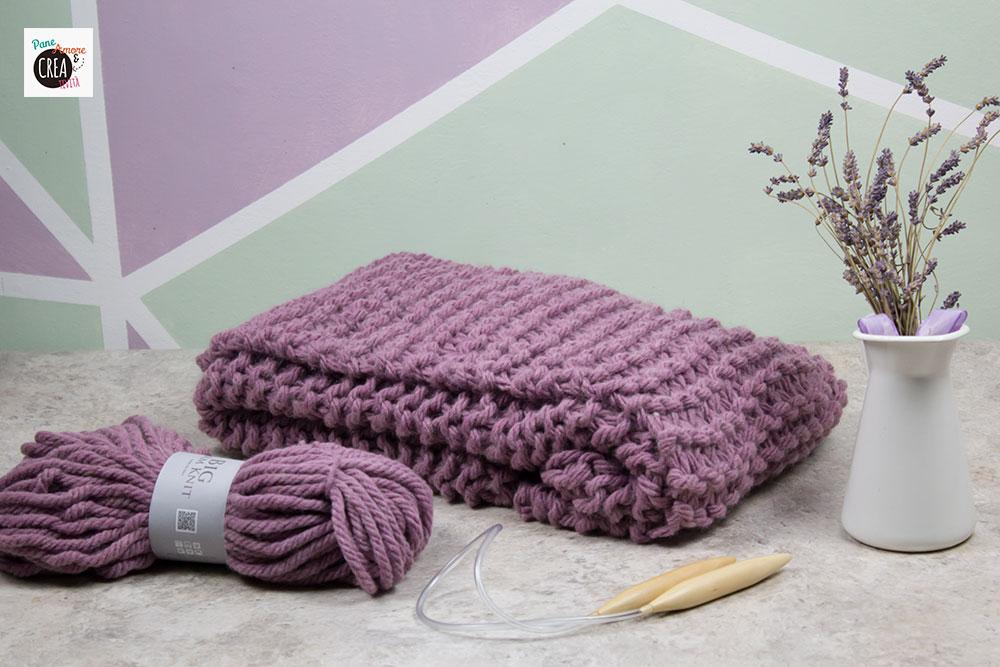 coperta di lana spessa