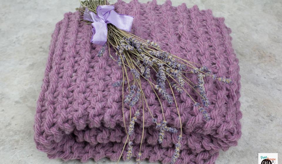 Come fare una coperta di lana con i filati spessi