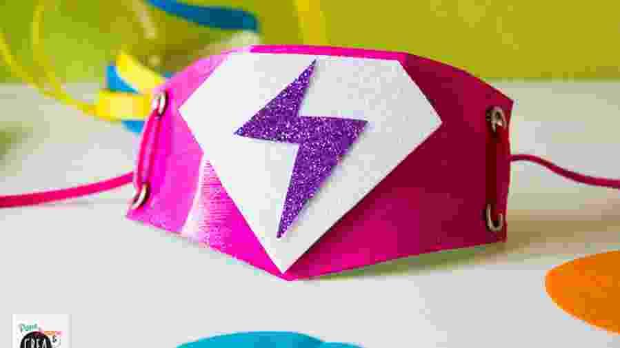 riciclo creativo - bracciale da supereroe
