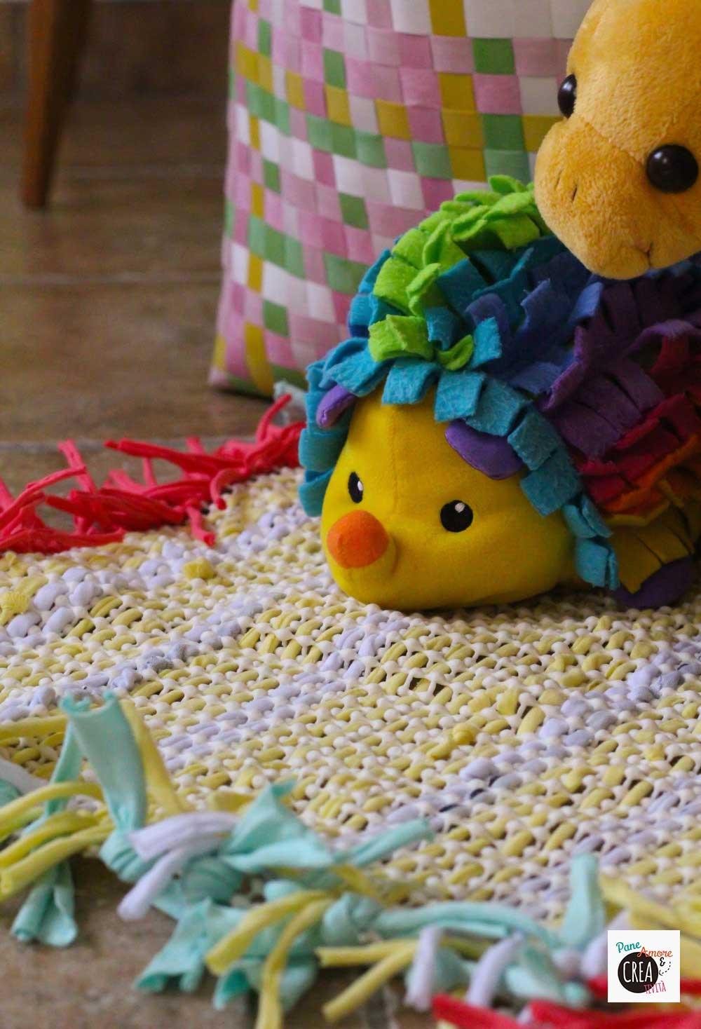 riciclo magliette- tappeto